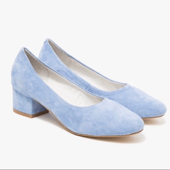 a8e781b827f Jeffrey Campbell Shoes - Jeffrey Campbell Bitsie in Blue Suede